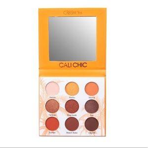 🏖🏖NWT Beauty Creations CaliChic Eyeshadow Pallet